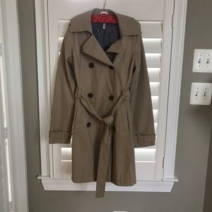 Old Navy tan trench coat size S VGUC 🌦
